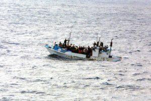 Flucht und Einwanderung sind politisch höchst brisante Themen, worauf auch das Grundgesetz reagiert hat.