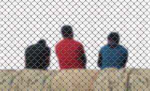 Asylbewerber können sich nicht auf die Freizügigkeit berufen. Ihnen kann ihr Aufenthaltsort seitens des Staates zugewiesen werden.